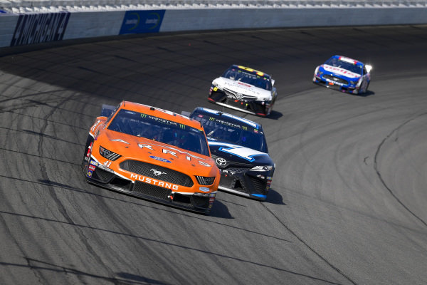 #41: Daniel Suarez, Stewart-Haas Racing, Ford Mustang ARRIS, #19: Martin Truex Jr., Joe Gibbs Racing, Toyota Camry Auto-Owners Insurance/Martin Truex Jr. 500th Start, #95: Matt DiBenedetto, Leavine Family Racing, Toyota Camry Toyota Express Maintenance