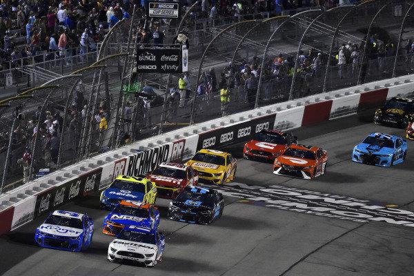 #37: Ryan Preece, JTG Daugherty Racing, Chevrolet Camaro Kroger/Crest and #17: Chris Buescher, Roush Fenway Racing, Ford Mustang Fastenal