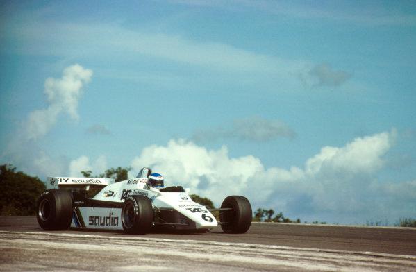 Dijon-Prenois, France.27-29 August 1982.Keke Rosberg (Williams FW08 Ford) 1st position. Ref: 82SWI02. World Copyright - LAT Photographic