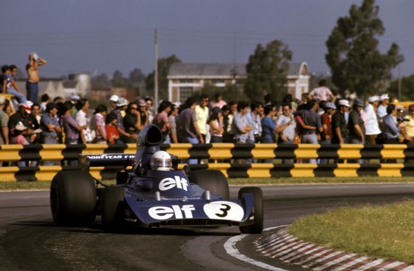 Jody Scheckter (RSA) Tyrrell 006/2 retired from his first race with Tyrrell on lap 26 with a broken cylinder head gasket.  