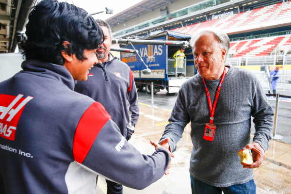 Circuit de Catalunya, Barcelona, Spain. Thursday 11 May 2017. Arjun Maini, Development Driver, Haas F1 Team, meets Gene Haas, Owner and Founder, Haas F1, in the pit lane. World Copyright: Andy Hone/LAT Images ref: Digital Image _ONZ2950