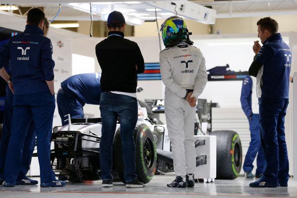 Shanghai International Circuit, Shanghai, China. Thursday 9 April 2015. Felipe Massa, Williams F1, in the garage. World Copyright: Charles Coates/LAT Photographic. ref: Digital Image _J5R6551