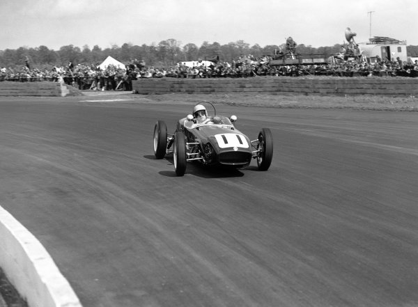 1960 International Trophy. Silverstone, England. 14th May 1960. Alan Stacey (Lotus 18 - Climax), 4th position, action.  World Copyright: LAT Photographic. Ref: Autocar Glass Plate C58117.