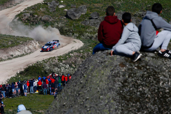 Thierry Neuville powers his way through the boulder strewn mountain stages on Rally Portugal