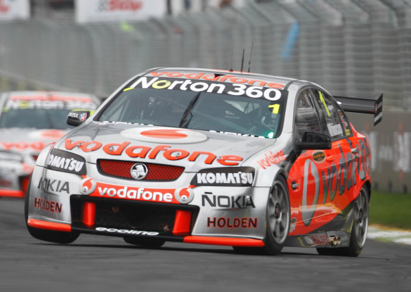 Round 4 - Hamilton 400.Hamilton City Street Circuit, Hamilton, New Zealand.17th - 18th April 2010.Car 1, Jamie Whincup, Commodore VE, Holden, T8, TeamVodafone, Triple Eight Race Engineering, Triple Eight Racing.World Copyright: Mark Horsburgh / LAT Photographicref: 1-Whincup-EV04-10-3817
