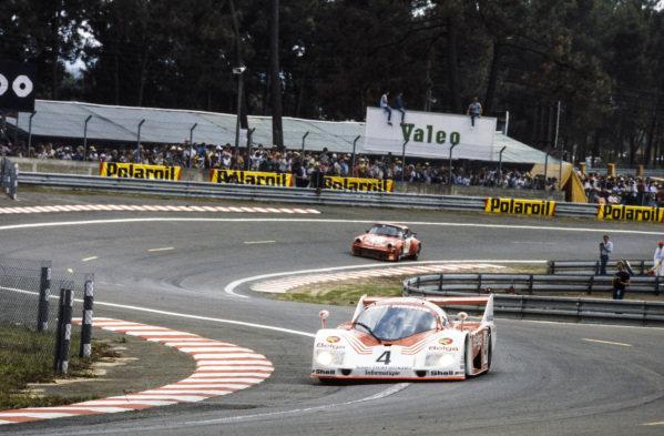 Bob Wollek / Jean-Michel Martin / Philippe Martin, Belga Team - Joest Racing, Porsche 936, leads Tony Dron / Richard Cleare / Richard Jones, Richard Cleare, Porsche 934.