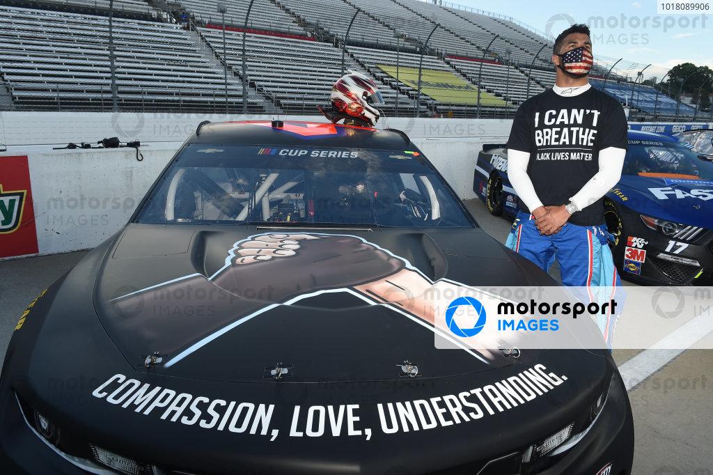 Darrell Wallace Jr., Richard Petty Motorsports Chevrolet, wears a