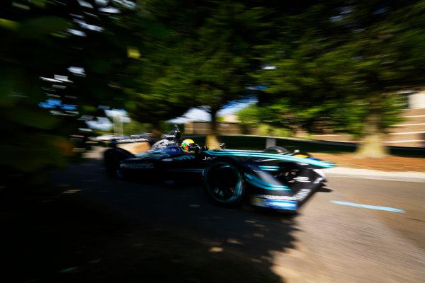 Jaguar Racing Official Formula E Launch Jaguar Heritage Collections Centre, Gaydon, UK Thursday 8 September 2016 Ho-Pin Tung drives the new Jaguar Racing Formula E car. World Copyright: Andrew Ferraro/LAT Photographic ref: Digital Image _14P5062