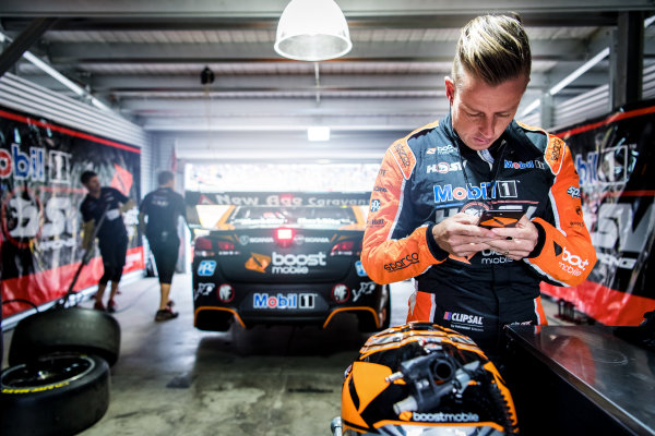 2017 Supercars Championship Round 14.  Auckland SuperSprint, Pukekohe Park Raceway, New Zealand. Friday 3rd November to Sunday 5th November 2017. James Courtney, Walkinshaw Racing.  World Copyright: Daniel Kalisz/LAT Images  Ref: Digital Image 031117_VASCR13_DKIMG_0020.jpg