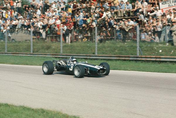 1967 Italian Grand Prix.Monza, Italy.8-10 September 1967.Jacky Ickx (Cooper T81B Maserati) 6th position.Ref-67 ITA 05.World Copyright - LAT Photographic