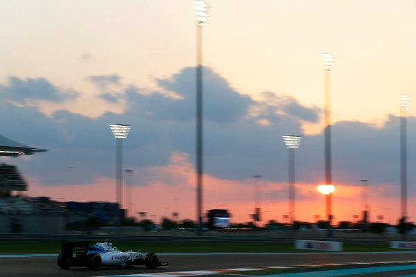 Yas Marina Circuit, Abu Dhabi, United Arab Emirates. Friday 27 November 2015. Felipe Massa, Williams FW37 Mercedes. World Copyright: Charles Coates/LAT Photographic ref: Digital Image _99O7150