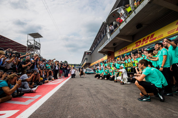 Spa Francorchamps, Belgium.  Sunday 27 August 2017. Lewis Hamilton, Mercedes AMG, 1st Position, and the Mercedes team celebrate. World Copyright: Zak Mauger/LAT Images ref: Digital Image _54I4764