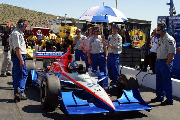 2003 Phoenix IRL IndyCar, 21-23 March 2003; Phoenix International Raceway; Phoenix, Arizona USARoger Yasukawa and his crew-2003 Lesley Ann Miller, USALAT Photographic