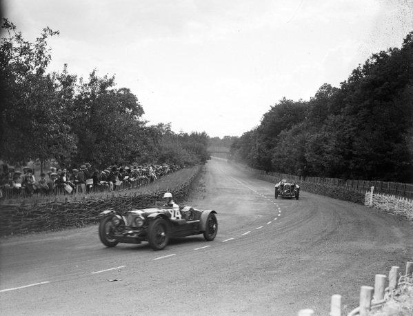 Augustus Cesare Bertelli / Sammy Davis, Aston Martin Ltd., Aston Martin 1 1, leads Brian Lewis / Tim Rose-Richards, A.W. Fox, Alfa Romeo 8C 2300.