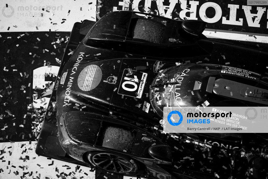 #10 Konica Minolta Cadillac DPi-V.R. Cadillac DPi, DPi: Renger Van Der Zande, Ryan Briscoe, Scott Dixon, Kamui Kobayashi celebrates winning the Rolex 24 At Daytona
