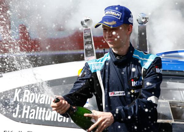 2017 FIA World Rally Championship, Round 13, Rally Australia 2017, 16-19 November 2017, Kalle Rovanpera, Ford, podium, Worldwide Copyright: LAT/McKlein