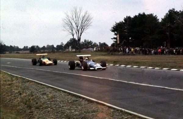 1968 United States Grand Prix.Watkins Glen, New York, USA.4-6 October 1968.Jean-Pierre Beltoise (Matra MS11).Ref-68 USA 55.World Copyright - LAT Photographic
