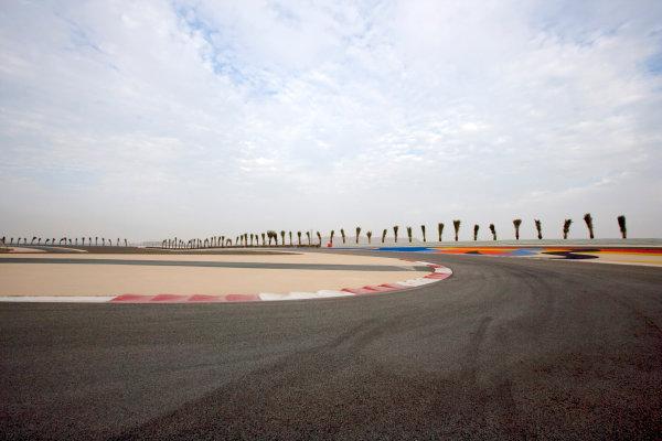 Bahrain International Circuit, Sakhir, Bahrain.24th February 2010.The new F1 Grand Prix track layout.World Copyright: Alastair Staley/LAT Photographic ref: Digital Image _P9O0093