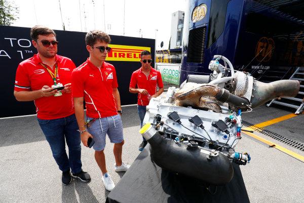 Autodromo Nazionale di Monza, Italy. Thursday 31 August 2017 Charles Leclerc (MCO, PREMA Racing), and Antonio Fuoco (ITA, PREMA Racing), study the new F2 engine. Photo: Sam Bloxham/FIA Formula 2 ref: Digital Image _W6I1961