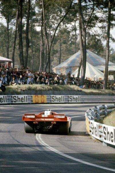 1971 Le Mans 24 hours. Le Mans, France. 12-13 June 1971. Corrado Manfredini/Giancarlo Gagliardi (Ferrari 512M), retired. World Copyright: LAT Photographic Ref: 71LM16