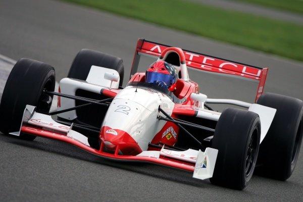 Emerson Fittipaldi (BRA). Grand Prix Masters Testing, Day One, Silverstone, England, 26 October 2005. DIGITAL IMAGE