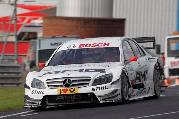 Paul Di Resta (GBR), AMG Mercedes, AMG Mercedes C-Klasse (2009) takes pole position.DTM, Rd7, Brands Hatch, England, 3-5 September 2010.World Copyright: LAT Photographicref: dne1004se242