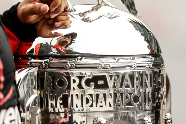 25 May, 2015, Indianapolis, Indiana, USA Winner Juan Pablo Montoya with the Borg-Warner trophy ©2015, Michael L. Levitt LAT Photo USA