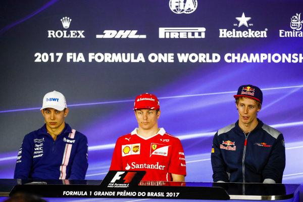 Interlagos, Sao Paulo, Brazil. Thursday 09 November 2017. Esteban Ocon, Force India, Kimi Raikkonen, Ferrari, and Brendon Hartley, Toro Rosso, in the press conference. World Copyright: Glenn Dunbar/LAT Images  ref: Digital Image _X4I8482