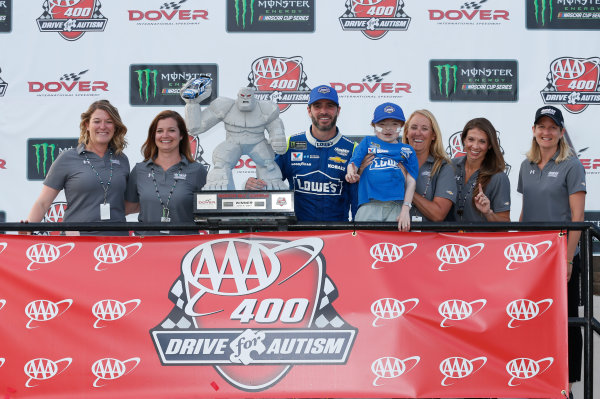 Monster Energy NASCAR Cup Series AAA 400 Drive for Autism Dover International Speedway, Dover, DE USA Sunday 4 June 2017 Jimmie Johnson, Hendrick Motorsports, Lowe's Chevrolet SS World Copyright: Matthew T. Thacker LAT Images ref: Digital Image 17DOV1mt1951