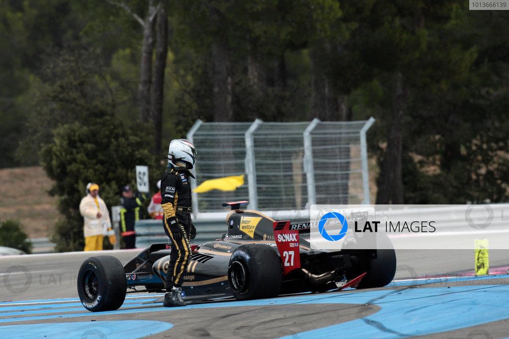 PAUL RICARD (FRA) SEP 16-18 2011 - Round 6 of the Formula Renault 3 5 race 2011 at Paul Ricard. Jan Charouz (CZE), #27 Gravity-Charouz Racing, after crashing out. Action. © 2011 Diederik van der Laan / LAT Photographic