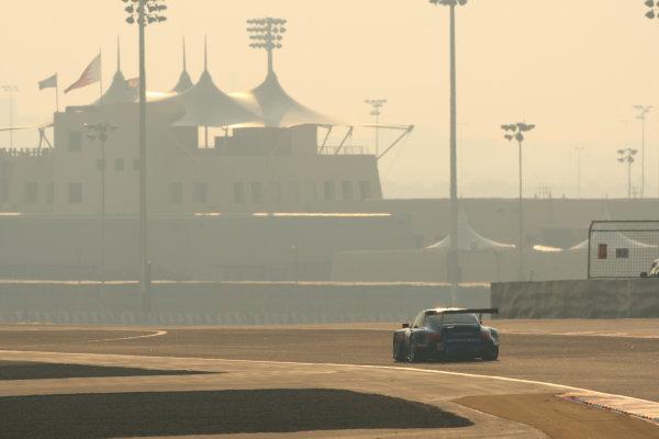 2013 FIA World Endurance Championship,Bahrain, 28th-30th December 2013,Christian RIED, Gianluca RODA, Paolo RUBERTI Porsche 911 GT3 RSR World Copyright: Ebrey/LAT Photographic