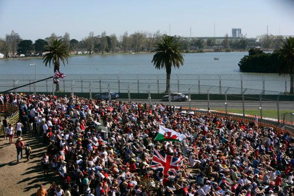 Albert Park, Melbourne, Australia29th March 2009Australian V8 Supercars.  Race 3. World Copyright: Alastair Staley/LAT Photographicref: Digital Image _P9O6517