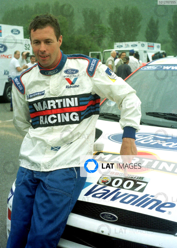 1999 China Rally.WRC China, Peoples Republic of China.Licenced to Thrill - 007 Colin McRae (Ford Focus).World - Ralph Hardwick/LAT Photographic