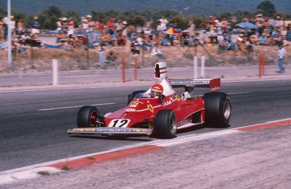 1975 French Grand Prix.Paul Ricard, Le Castellet, France.4-6 July 1975.Niki Lauda (Ferrari 312T) 1st position. Ref-75 FRA 10.World Copyright - LAT Photographic