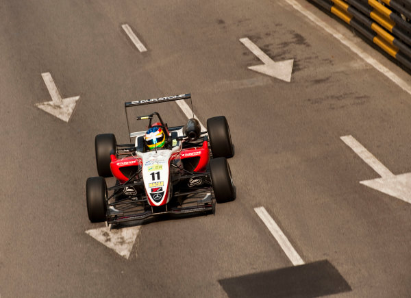 Formula Three. 16th - 19th November 2011. Circuit de Guia, Macau. Roberto Merhi, Prema Powerteam. Action. World Copyright: Drew Gibson/LAT Photographic. ref: Digital Image _Y2Z6286