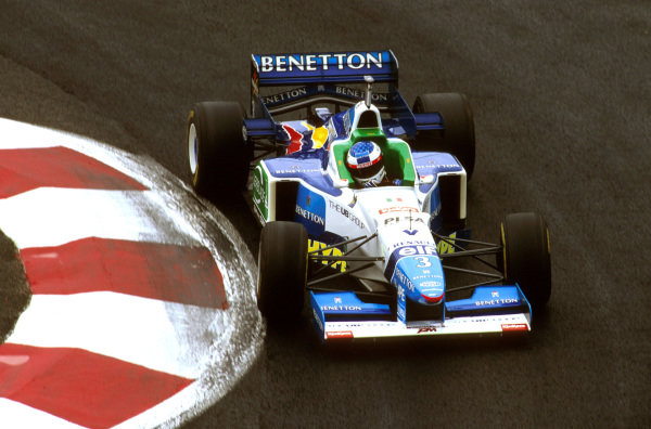 Magny-Cours, France.28-30 June 1996.Jean Alesi (Benetton B196 Renault) 3rd position.Ref-96 FRA 10.World Copyright - LAT Photographic