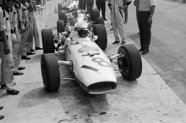Honda made their debut in the 3-litre F1 era with their RA273 driven by Richie Ginther (USA) who crashed heavily on lap seventeen after a tyre failure. Italian Grand Prix Monza, 4 September 1966.