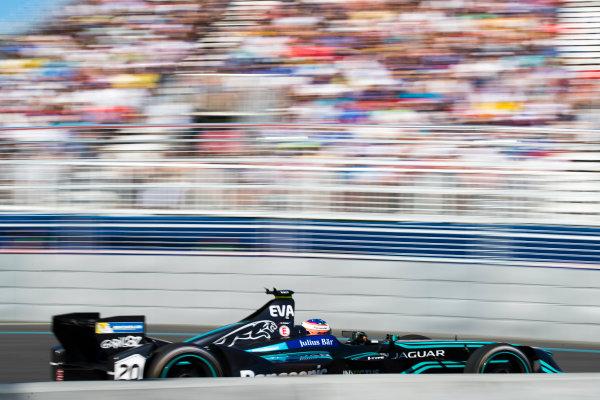 2016/2017 FIA Formula E Championship. Round 12 - Montreal ePrix, Canada Sunday 30 July 2017.Mitch Evans (NZL), Jaguar Racing, Spark-Jaguar, Jaguar I-Type 1. Photo: Sam Bloxham/LAT/Formula E ref: Digital Image _J6I6920