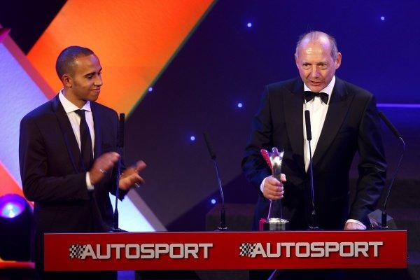 2009 Autosport AwardsGrosvenor House Hotel, Park Lane, London 6th December 2009 Lewis Hamilton applauds Ron Dennis as he accepts his Gregor Grant Award for Lifetime Achievement.World Copyright: Alastair Staley/LAT Photographic