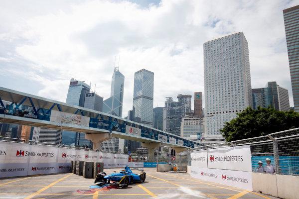 FIA Formula E Hong Kong e-Prix. Second Practice Session. Sebastien Buemi (SUI), Renault e.Dams, Spark-Renault, Renault Z.E 16. Hong Kong Harbour, Hong Kong, Asia. Sunday 9 October 2016. Photo: Adam Warner / FE / LAT ref: Digital Image _L5R7735