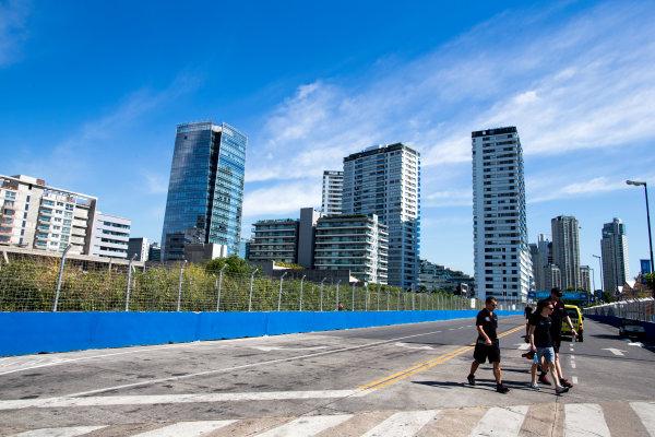 2015/2016 FIA Formula E Championship. Buenos Aires ePrix, Buenos Aires, Argentina. Friday 5 February 2016. Mike Conway (GBR), Venturi VM200-FE-01 walks the track. Photo: Zak Mauger/LAT/Formula E ref: Digital Image _L0U9695