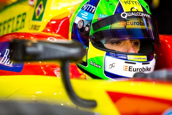 2015/2016 FIA Formula E Championship. Paris ePrix, Paris, France. Saturday 23 April 2016. Lucas Di Grassi (BRA), ABT Audi Sport FE01. Photo: Zak Mauger/LAT/Formula E ref: Digital Image _79P8620