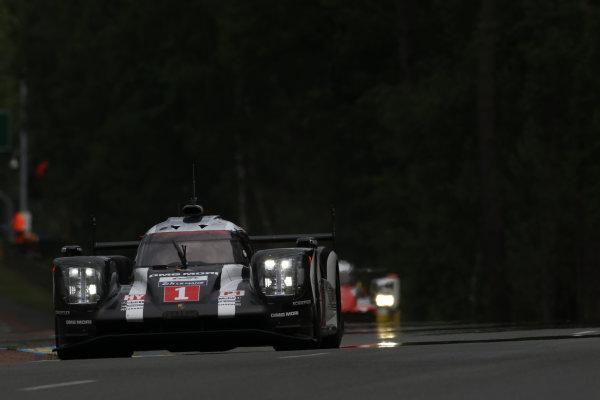 2016 World Endurance Championship,  Le Mans 24 Hours, France, 13th June 2016. Timo Bernhard / Mark Webber / Brendon Hartley - Porsche Team Porsche 919 Hybrid. Word copyright: Jakob Ebrey/LAT Photographic