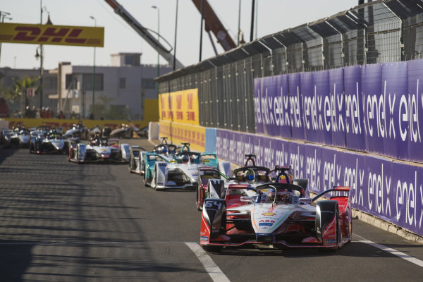 Jérôme d'Ambrosio (BEL), Mahindra Racing, M5 Electro, leads Lucas Di Grassi (BRA), Audi Sport ABT Schaeffler, Audi e-tron FE05