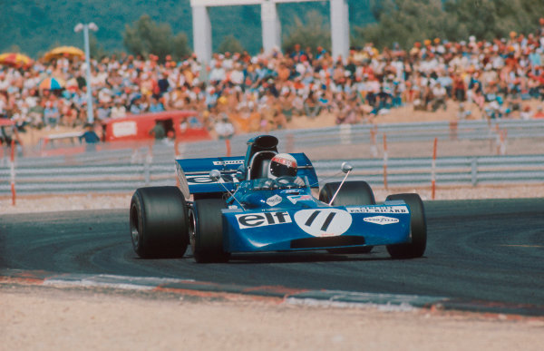 1971 French Grand Prix.Paul Ricard, Le Castellet, France.2-4 July 1971.Jackie Stewart (Tyrrell 003 Ford) 1st position.Ref-71 FRA 03.World Copyright - LAT Photographic