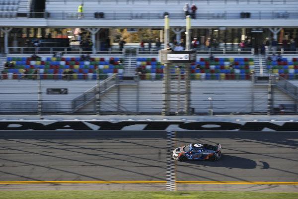 #8 eEuroparts.com ROWE Racing Audi R8, GS: Rodrigo Sales, Gunnar Jeannette
