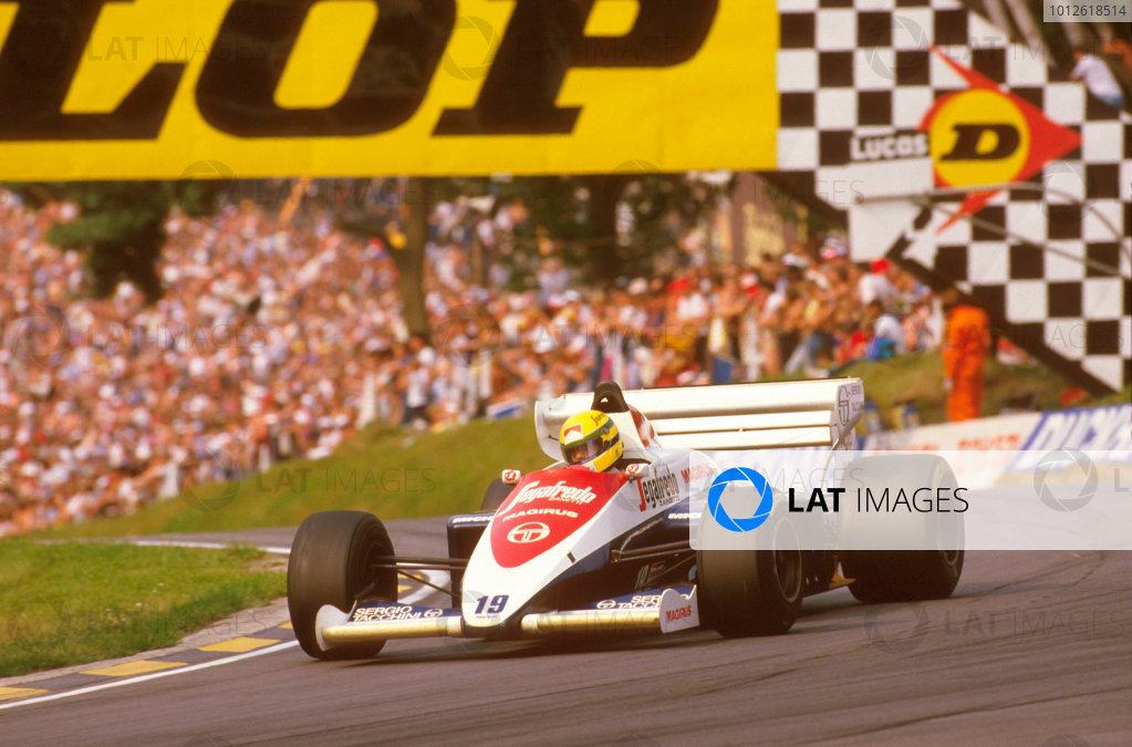 Brands Hatch, England.20-22 July 1984.Ayrton Senna (Toleman TG184 Hart) 3rd position at Druids.Ref-84 GB 12.World Copyright - LAT Photographic