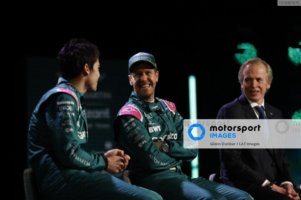 Lance Stroll, Aston Martin, Sebastian Vettel, Aston Martin, and Andrew Green, Technical Director, Aston Martin F1
