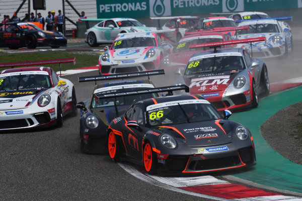 Maxime Jousse (THA) AAS Motorsport by Absolute Racing at the start of the race at Porsche Carrera Cup Asia, Shanghai, China, 13-15 April 2018.