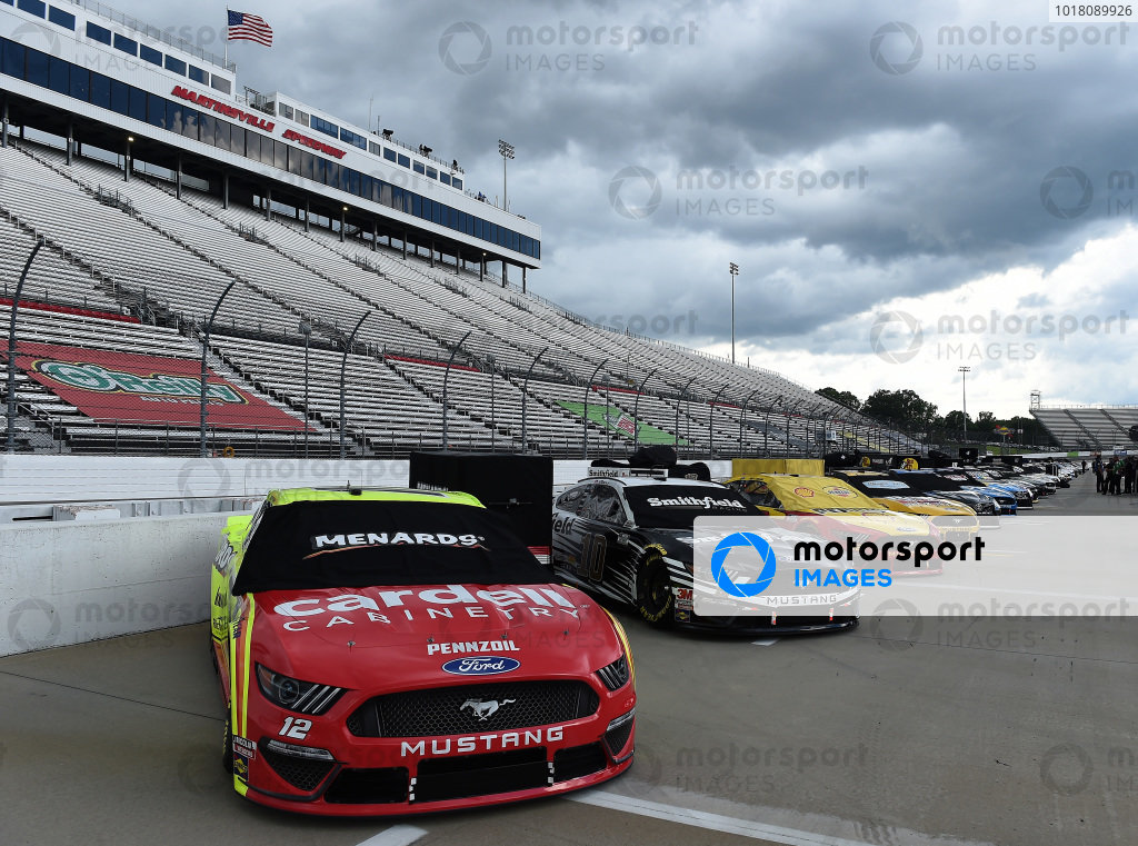Ryan Blaney, Team Penske Ford Menards/Cardell Caninetry, Aric Almirola, Stewart-Haas Racing Ford Smithfield, Copyright: Jared C. Tilton/Getty Images.